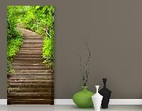 TürTapete Treppenaufstieg im Wald