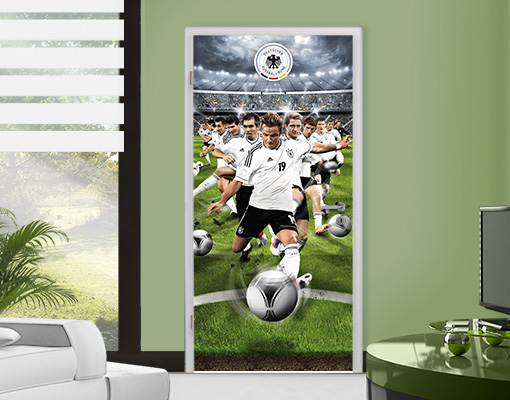 fototapete t r dfb mario g tze 100x210 fu ball. Black Bedroom Furniture Sets. Home Design Ideas
