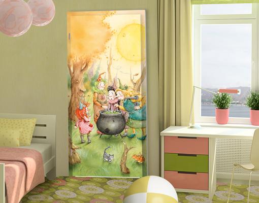 fototapete tuer selbstklebend frida beim hexentreffen. Black Bedroom Furniture Sets. Home Design Ideas